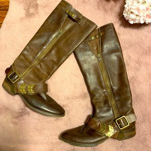 Arturo Chiang leather riding boots slip on buckle